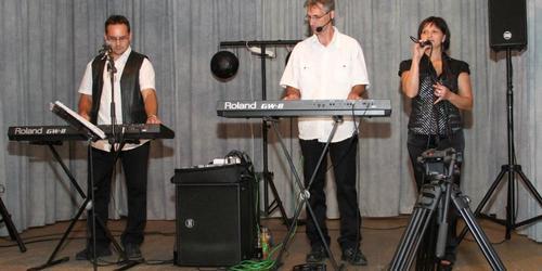 Zenész Ajka Devecser
