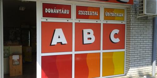Megrongált matrica (ABC felirat) javítása