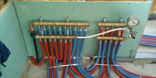 Víz-Fűtés cső osztósan szerelve könnyűszerkezetes lakásban