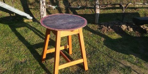 Pince asztal ( bárasztal) hordóból