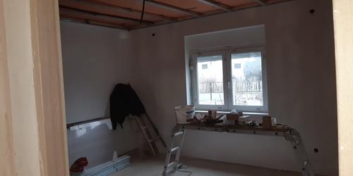 Felujitás kép már gletelt felületek ablak  spaletázása ajzat betonozása