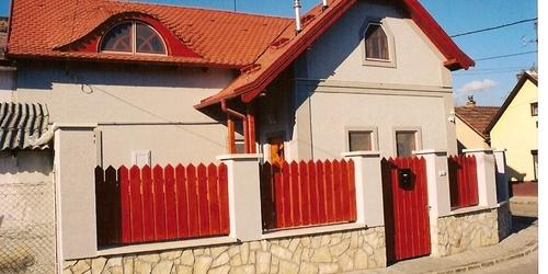 Családi ház bővítése és felújítása 1