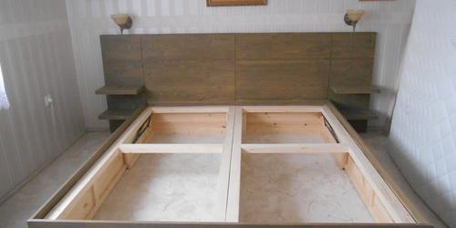 Tömör fából készült ágy