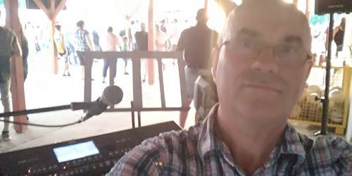 Zenész Budapest - XV. kerület Mosonmagyaróvár