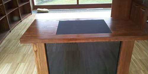 Furnéros iròasztal