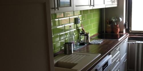 Egyedi festett konyha