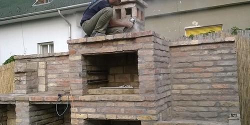 Kerti konyha építés közben