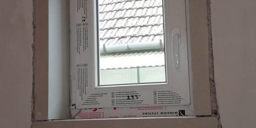 Ablakcsere, nyílászáró beépítés Téglás Téglás