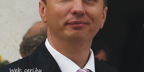 Ceremóniamester, vőfély Eger Érd