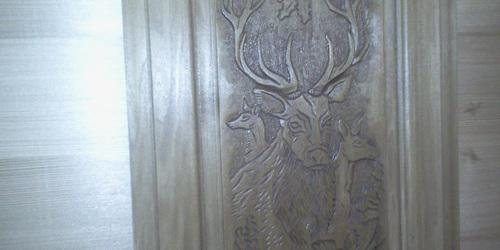 Faragott bútor ajtó