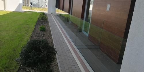 Üveges Miskolc Debrecen