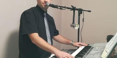 Zenész Nyíregyháza Abaújszántó