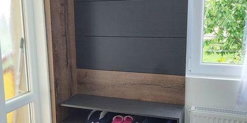 Akasztós cipős szekrény