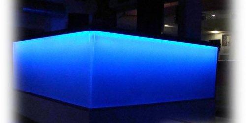 DJ pult üvegborítással