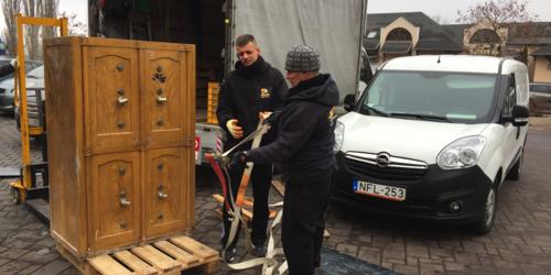 Páncélszekrény szállítás (700 kg).