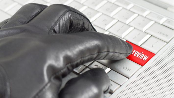 Negatieve/neprecensies leiden soms tot verstrekking IP-adressen plaatsers en verwijdering