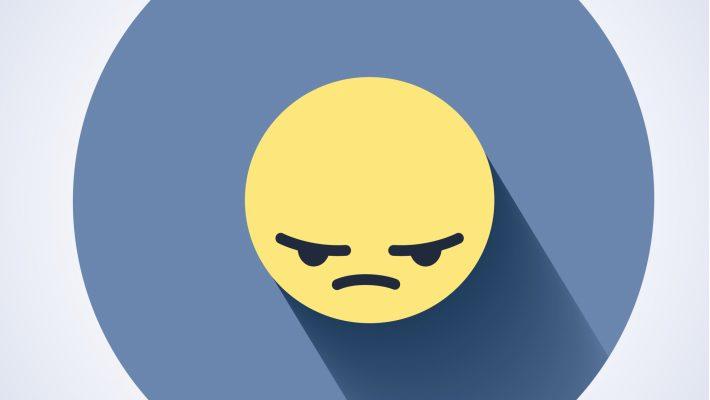 Geschorst lid politiehondenvereniging mag op Facebook ongenoegen over het bestuur uiten