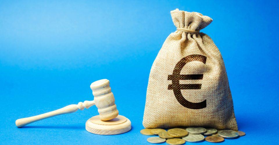 WNT: Toekenning van billijke vergoeding naast contractuele vergoeding?