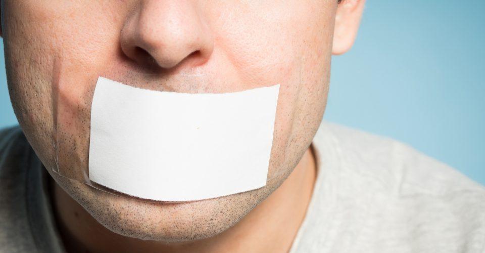 De monddood-clausule: in beginsel nietig