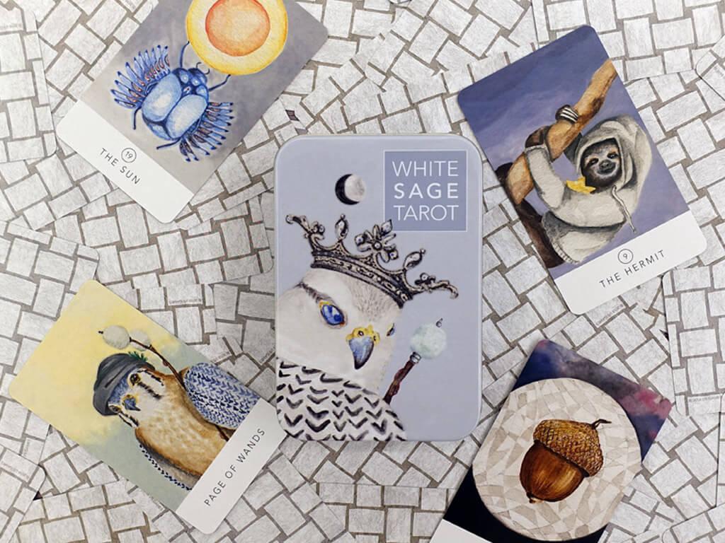 牌卡測驗-白色鼠尾草塔羅:帶有溫馨而柔美的淨化能量