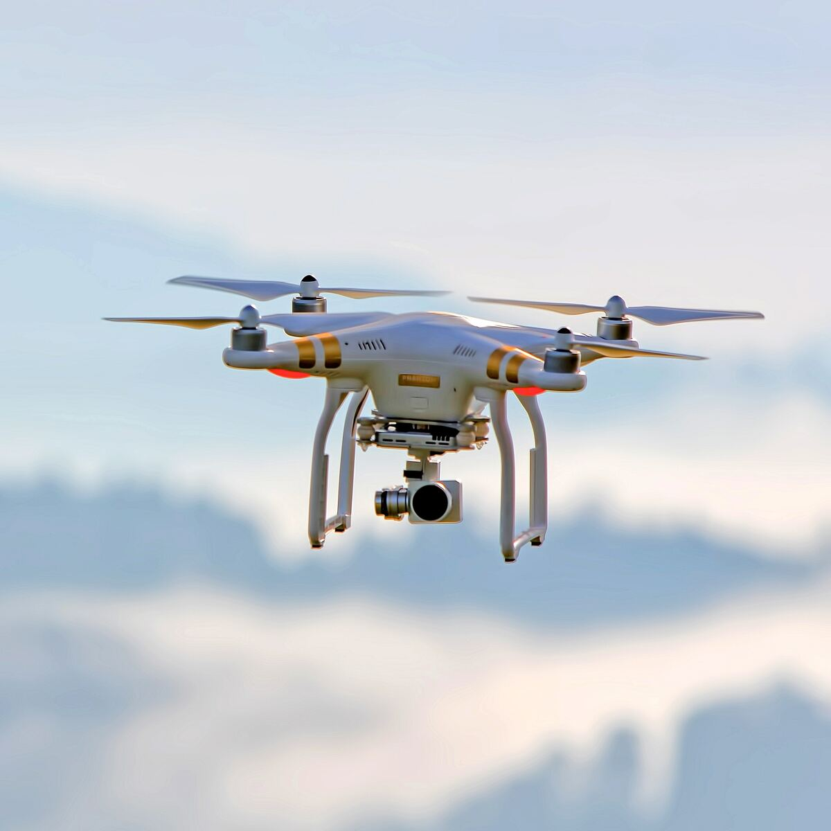 Amateur Unmanned Air Vehicle Detection | Kaggle