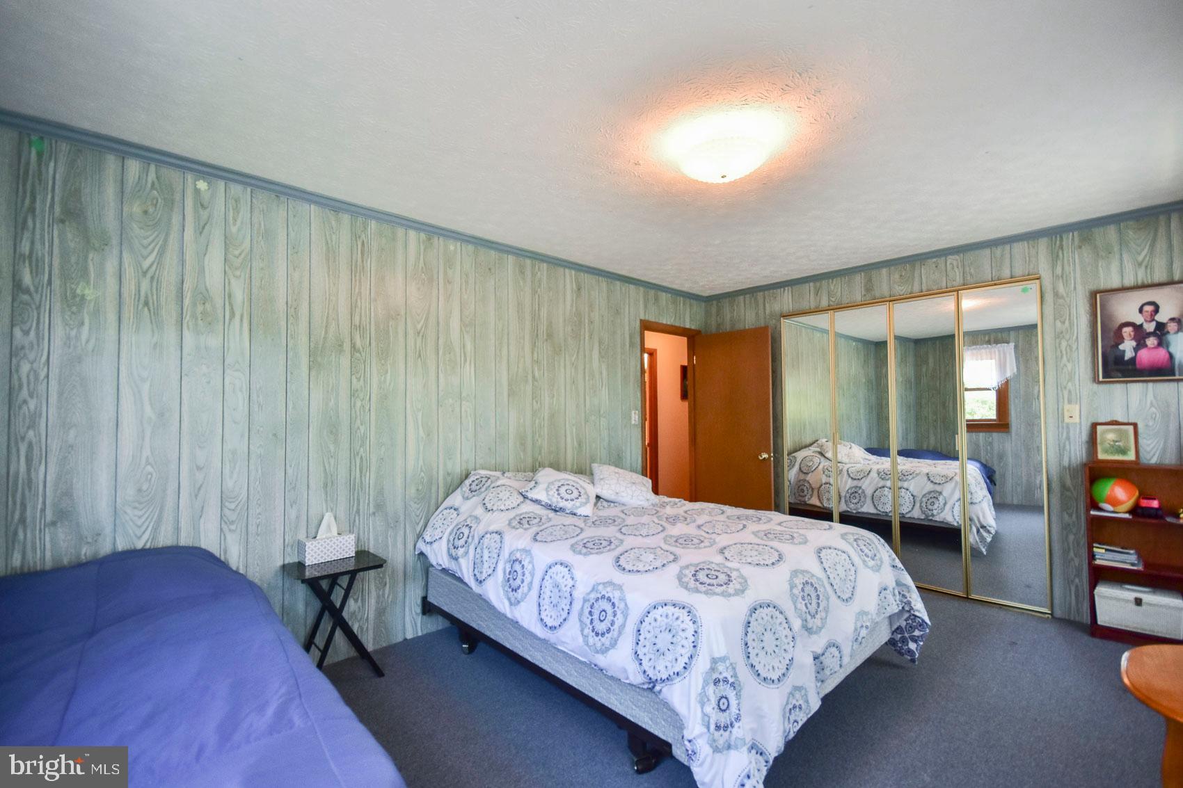 257 Cold Run Valley Rd Berkeley Springs, WV