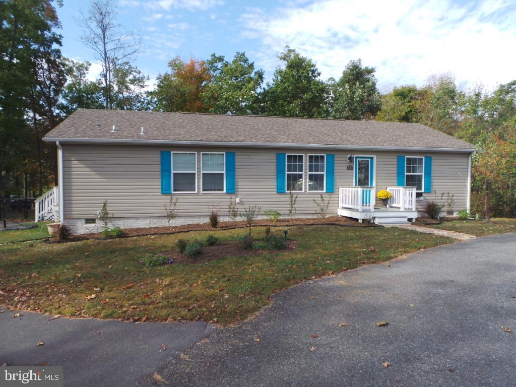 232 Key Ln Berkeley Springs, WV