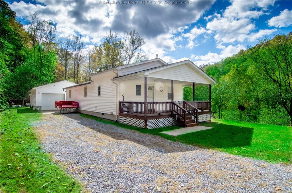 499 Henry Hollow Rd Duck, WV