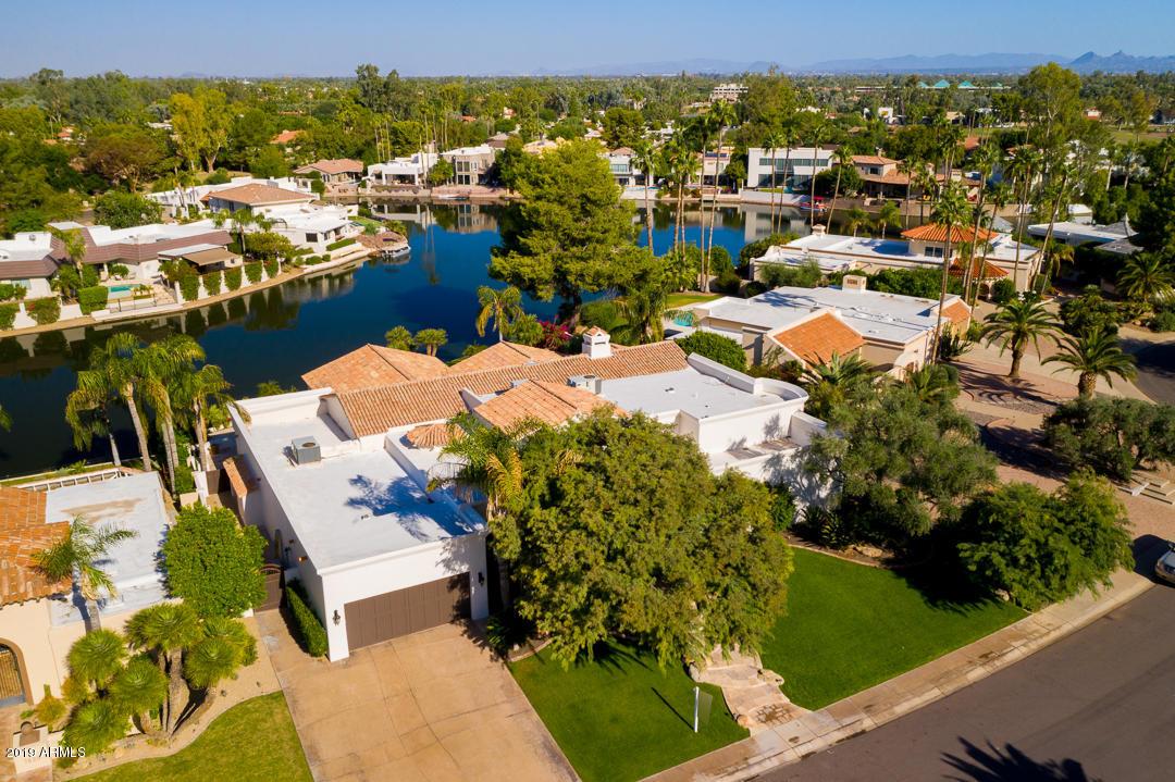7626 E Via del Placito Scottsdale, AZ