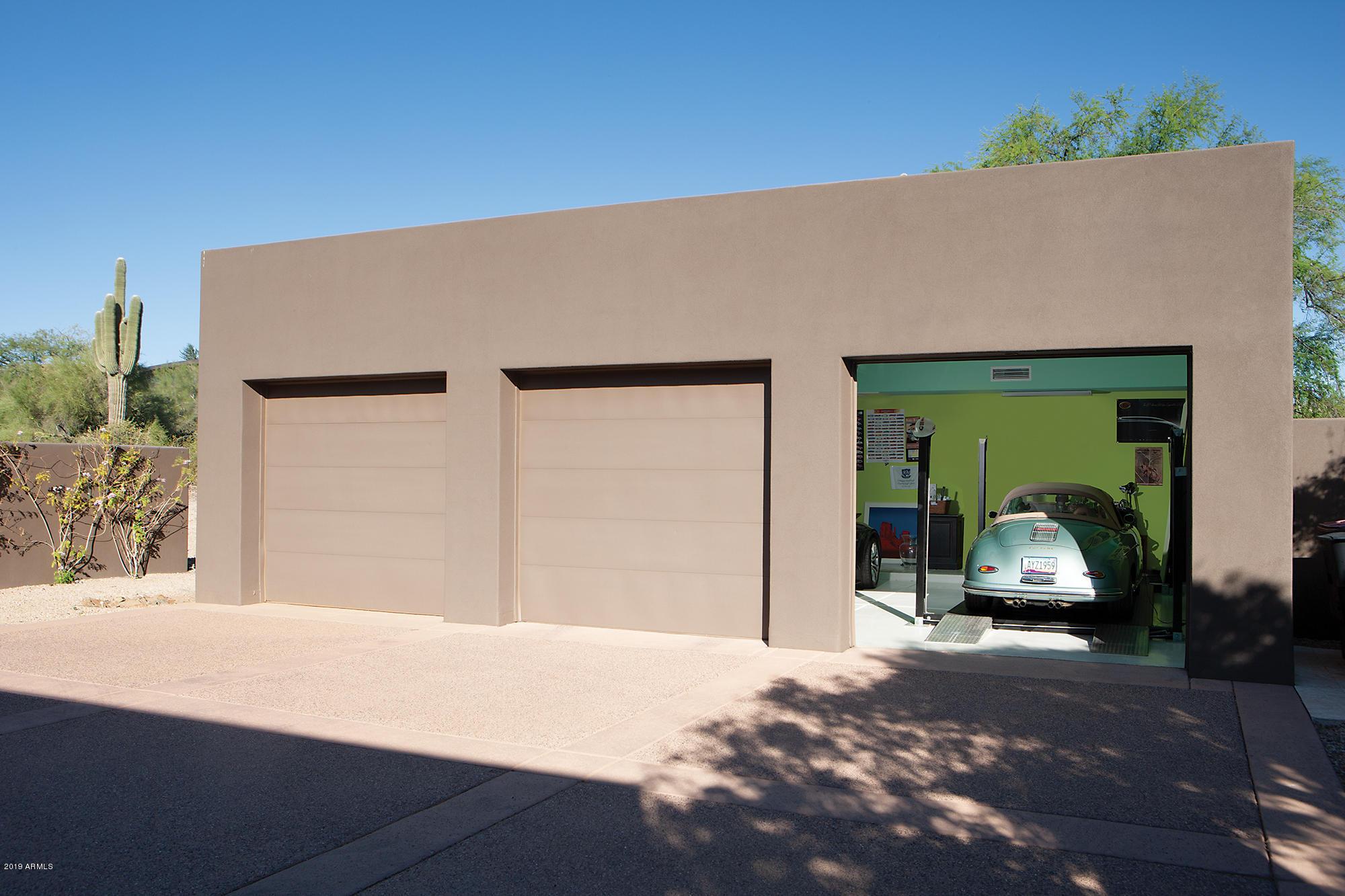 10040 E Happy Valley Rd Scottsdale, AZ