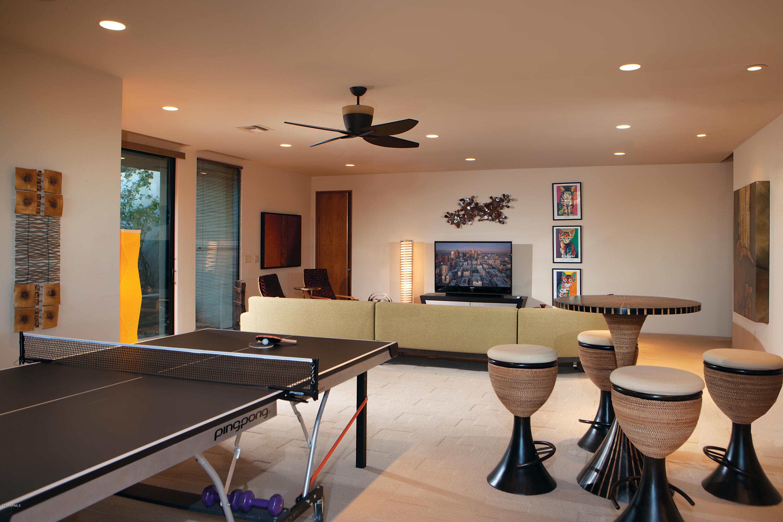 39622 N Charles Blair MacDonald Rd Scottsdale, AZ