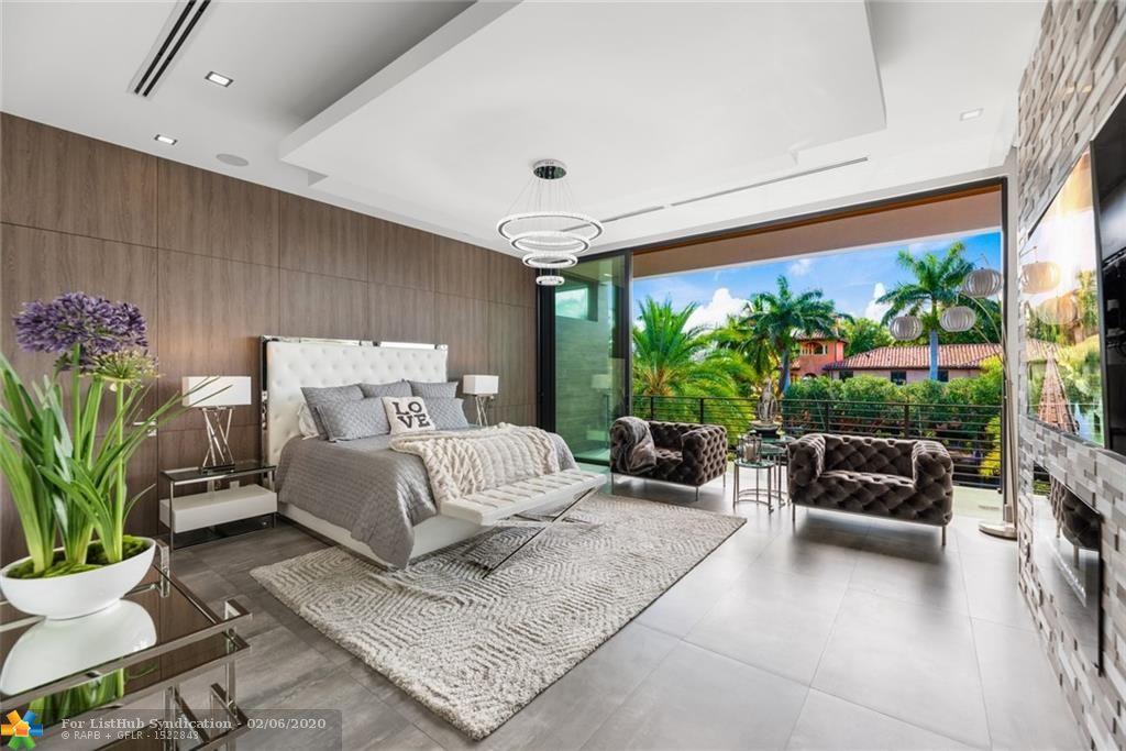 2542 Aqua Vista Blvd Fort Lauderdale, FL