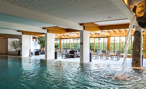 karma Bavaria pool