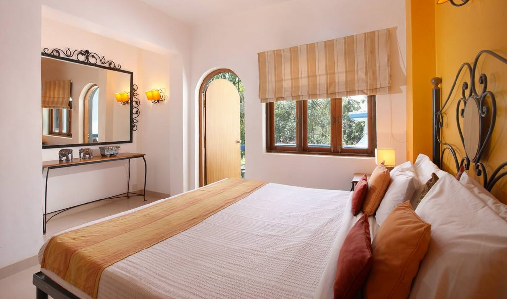 karma royal monterio, bedroom view