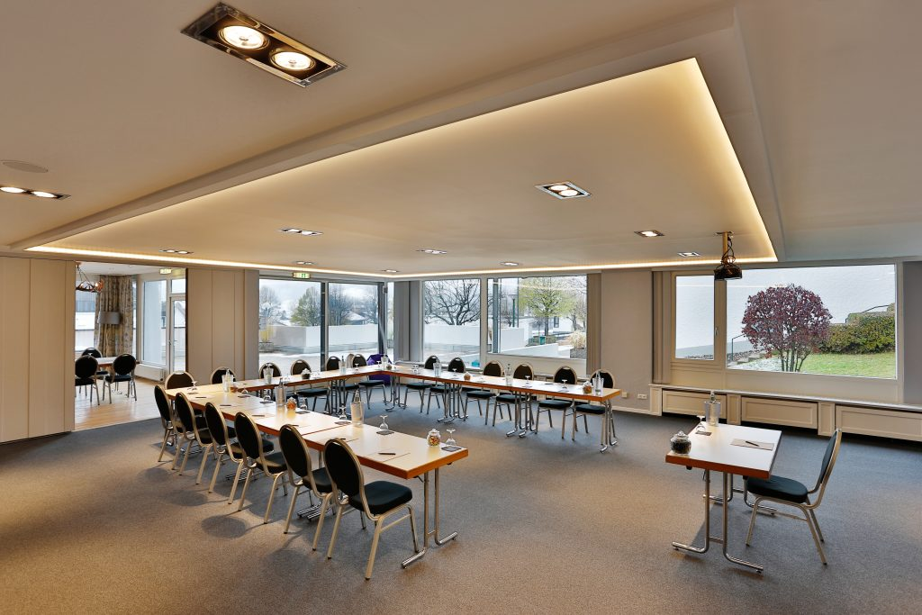 luxury meeting room, karma bavaria