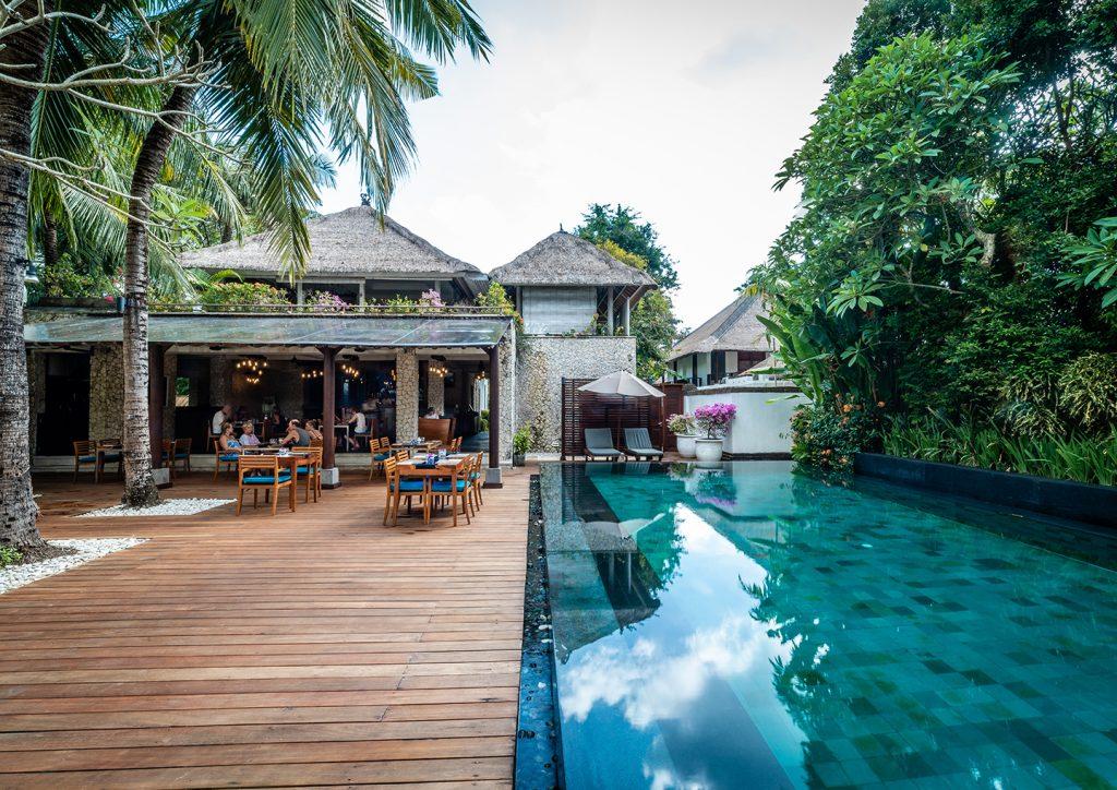 pool side restaurant The Bay
