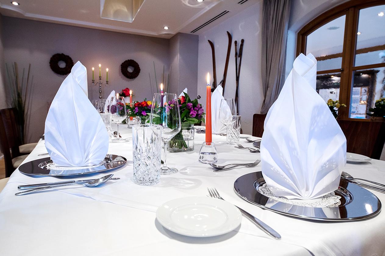 romantic manner of luxury hotel Karma Bavaria Dinner
