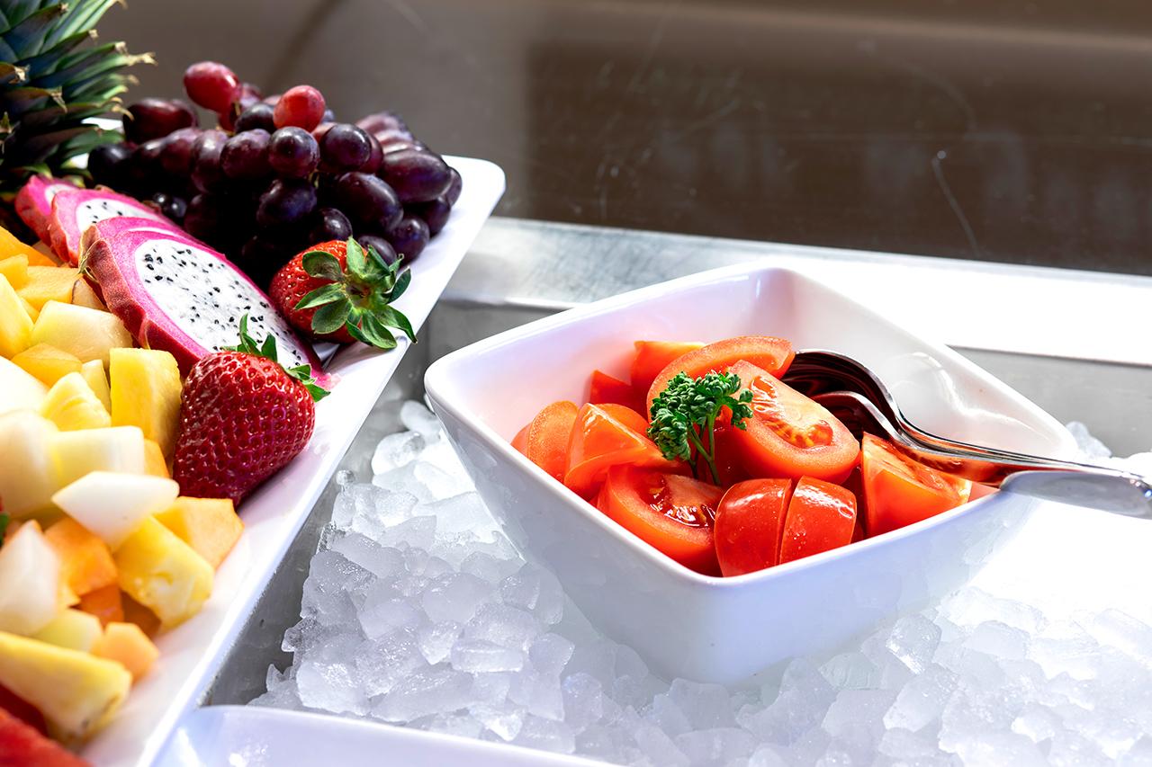 great taste of luxury hotel Fruit Bar at Karma Bavaria