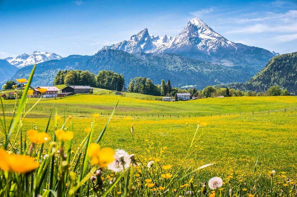 spectacular mountain view karmagroup