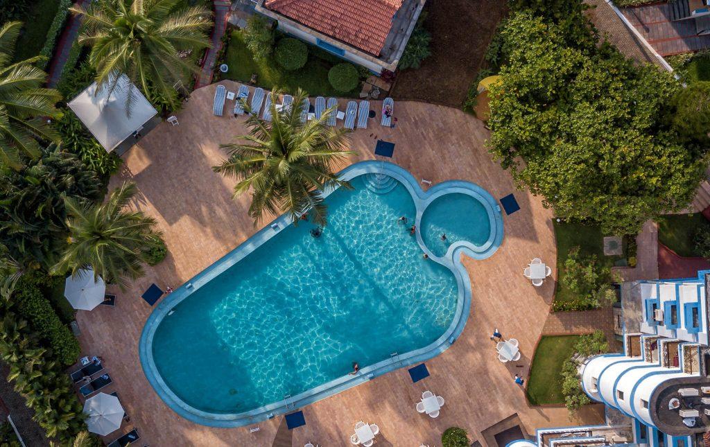 infinity pool of luxury hotel of Karma Royal Palms Fountain