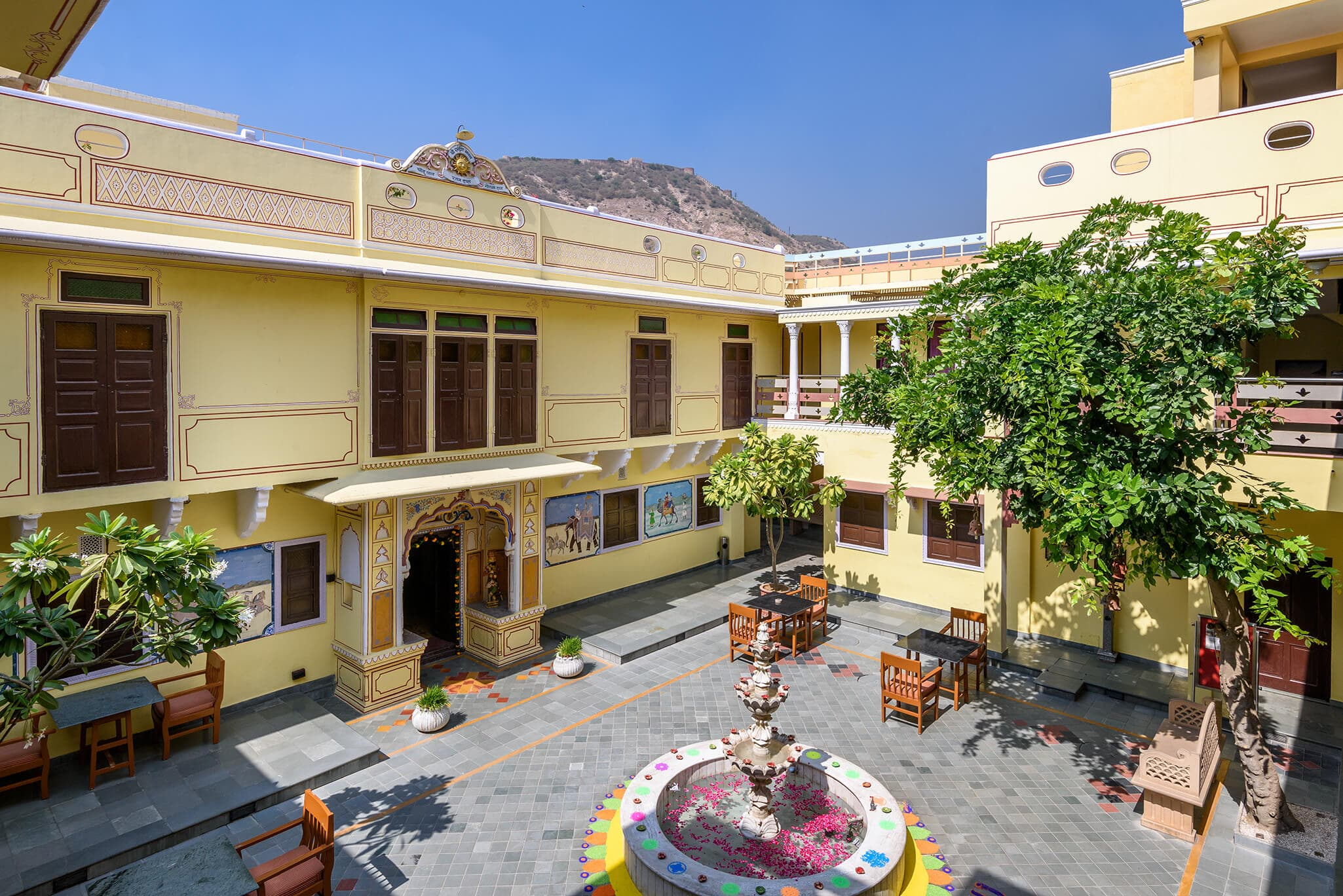 luxury hotel of Karma Haveli, india