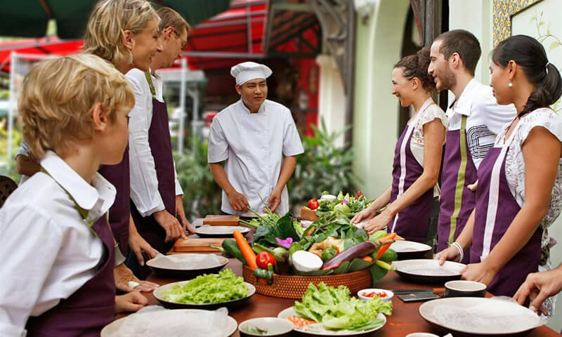 professional course of Family cooking class