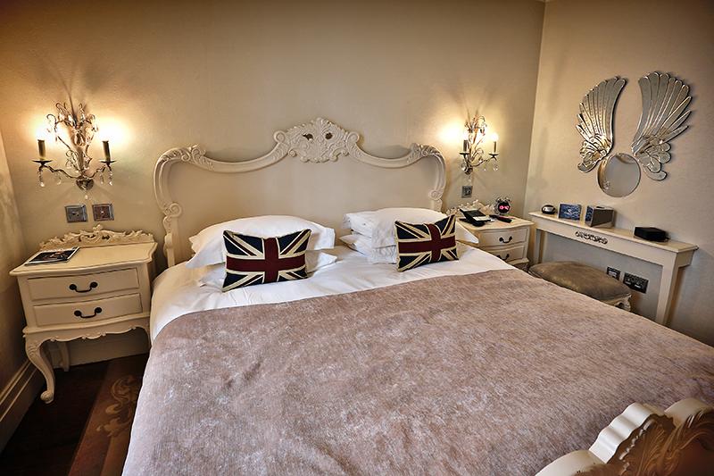 luxury hotel of Karma Sanctum Soho Rooms imperial room