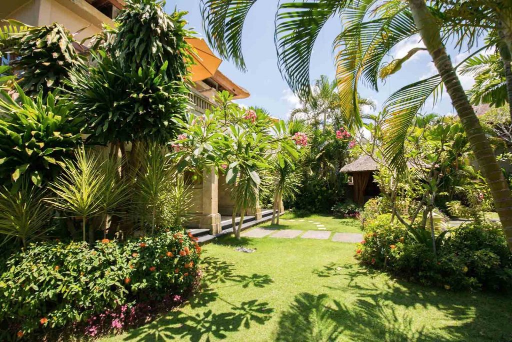 luxury hotel of karma royal jimbaran Gardens Area