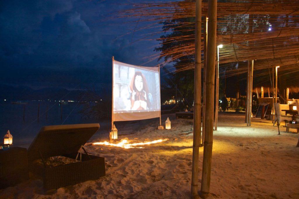 night movie on beach at luxury Resorts Gili Islands