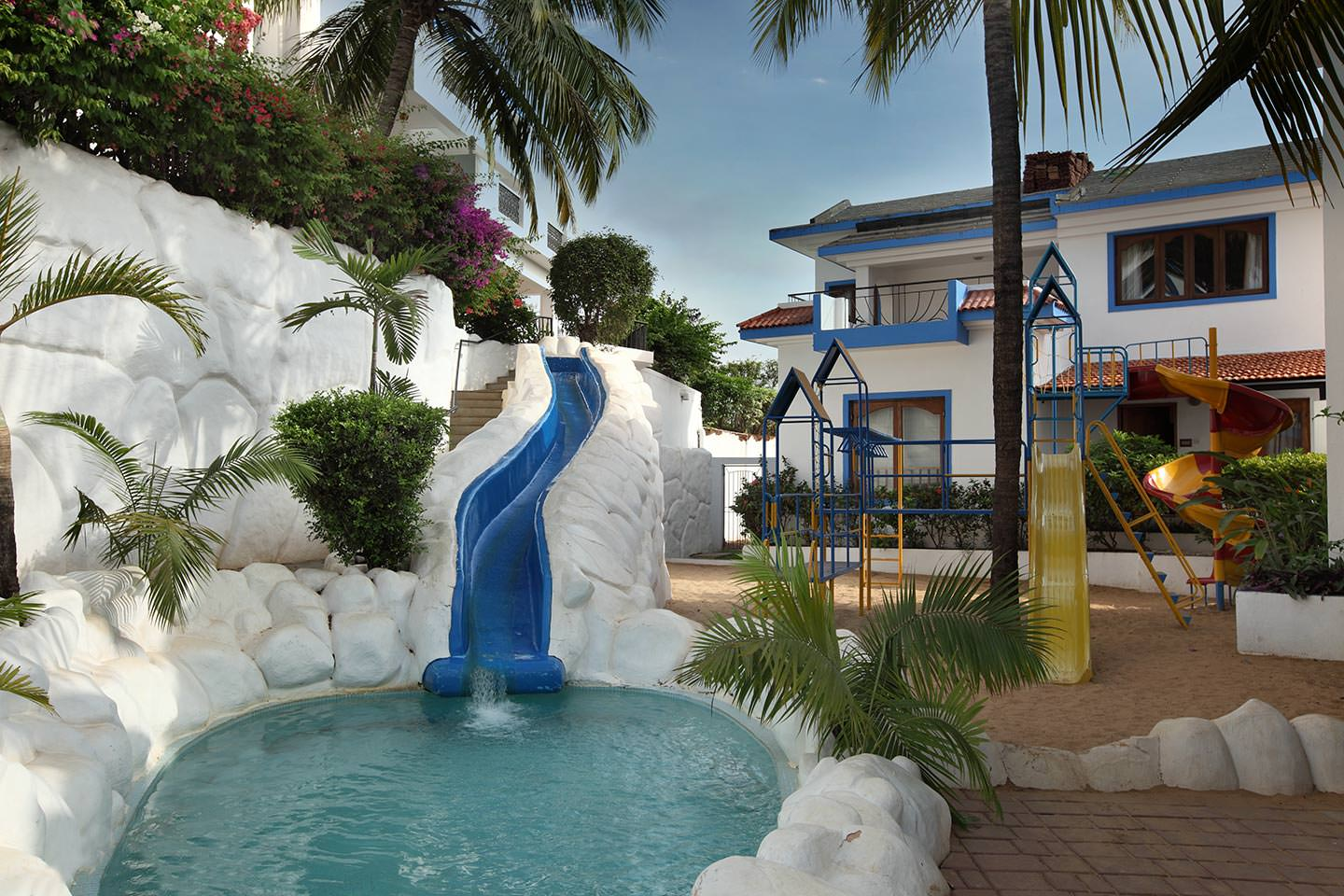 luxury hotel of Karma Royal Haathi Mahal Childrens Slide