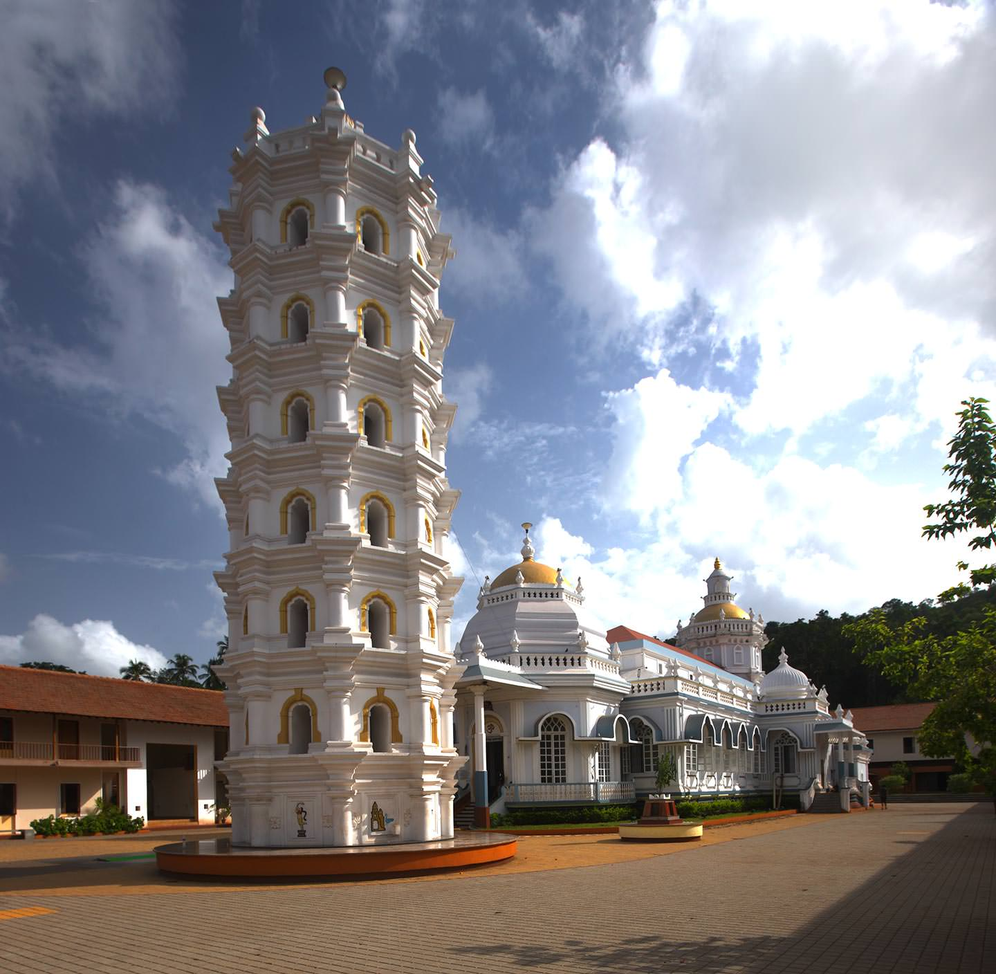 white beautiful building of Mangueshi Temple, Goa