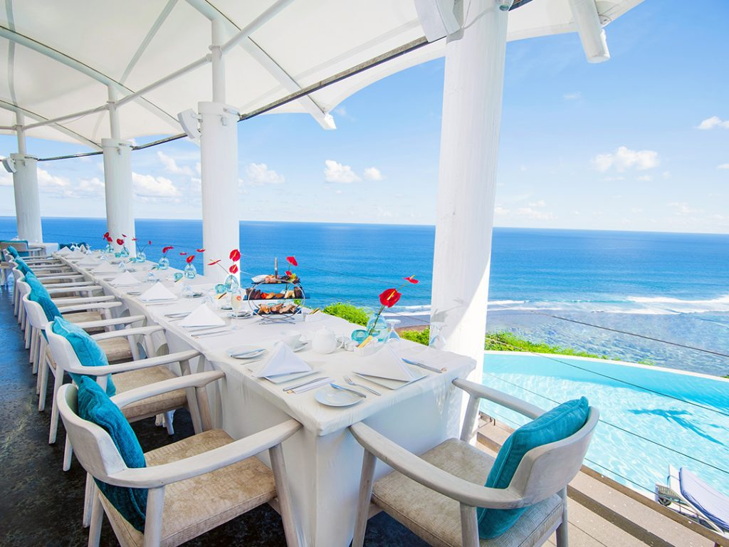 luxury hotel of karma kandara di Mare Restaurant with ocean view