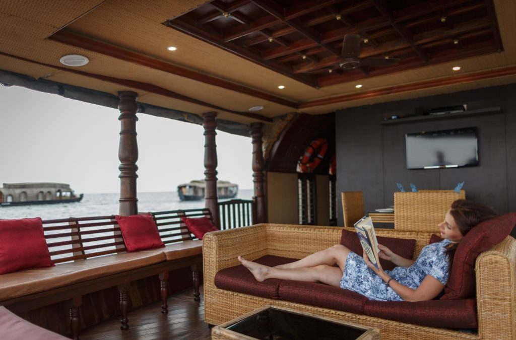 enjoy your great holiday with Karma Chakra House Boat