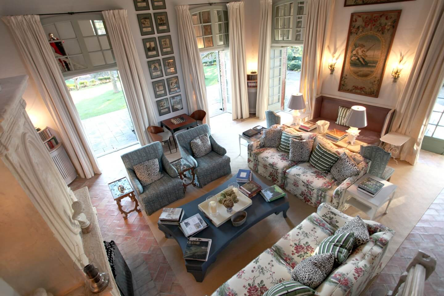 cozy sofa and luxury living room of Le Preverger